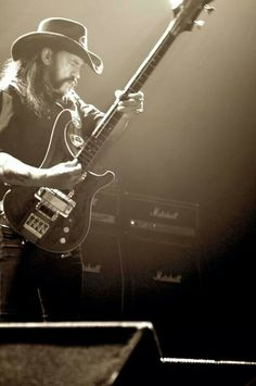 Lemmy Kilmister-Motorhead.............................