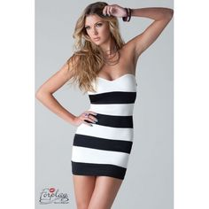 Strapless dress black and white striped Ambrosio Forplay. Robe bustier rayée noir et blanc Ambrosio Forplay