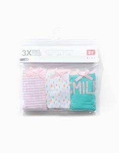 Pack de três cuecas em algodão e elastano. Elástico na cintura. Adaptáveis e muito confortáveis.