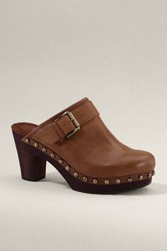 Have these in a light tan, just like the ones I had in High School, lol.