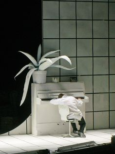 Klaus Grünberg, set and light design, Bakchen, Schauspiel Frankfurt, 2005, Regie Christof Nel