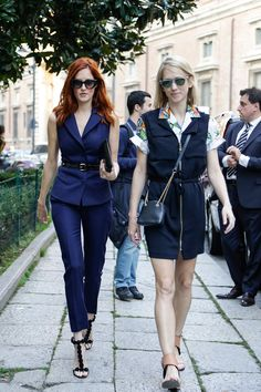 Taylor Tomasi Hill chic in sleeveless tailored suit #StreetStyle