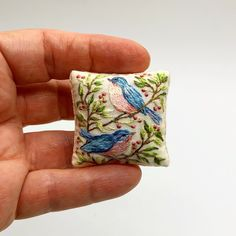 Collectible accessories for dollhouse. Hand embroidered miniature cushion with two birds. Hand Embroidery Art, Embroidery Applique, Embroidery Stitches, Embroidery Patterns, Machine Embroidery, Tiny Gifts, Dollhouse Accessories, Mini Things, Dollhouses