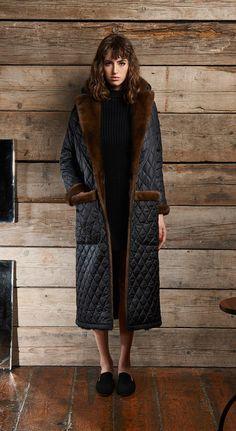 """Photo from album """"? Winter Mode Outfits, Winter Fashion Outfits, Preppy Outfits, Cool Outfits, Winter Coats Women, Coats For Women, Fur Fashion, Womens Fashion, Mode Mantel"""