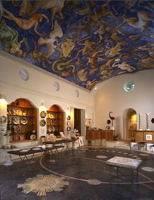 Featuring the exclusive works of Carlo Marchiori, world-renowned artist who offers an enormous variety of creations, including ceiling murals, porcelain, ceramics, paintings, sculpture, furniture, watercolor, tiles, stone plaques, accessories, books, cards, posters and more.
