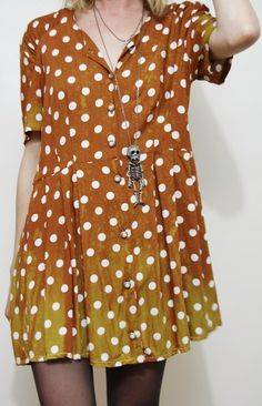 polka dot dress and skeleton necklace Cool Outfits, Casual Outfits, Dot Dress, Shirt Dress, Smock Dress, Tunic, Inspiration Mode, Facon, Passion For Fashion