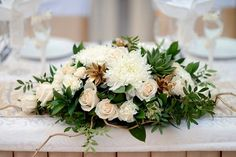 What are the most common wedding decoration mistakes Types Of Flowers, Love Flowers, Wedding Painting, Center Of Excellence, Wedding Decorations, Table Decorations, Creative Advertising, Flower Arrangements, Centre
