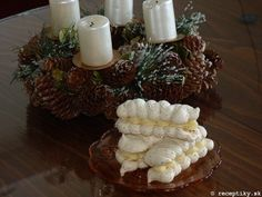 recept na laskonky 16 Czech Recipes, Russian Recipes, Holiday Cookies, Ketogenic Diet, Ale, Nom Nom, Good Food, Table Decorations, Cooking