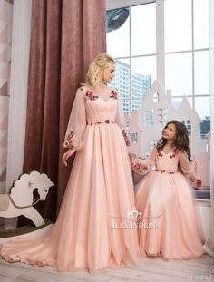 M&D dresses (mom & daughter) Whatsapp 7728886782 DM for price n details Mom Daughter Matching Dresses, Mom And Baby Dresses, Mom Dress, Flower Girl Dresses, Kids Party Wear Dresses, Wedding Dresses For Kids, Mother Daughter Fashion, Kids Outfits, Inspiration