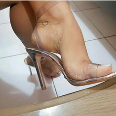 high heels – High Heels Daily Heels, stilettos and women's Shoes Hot High Heels, High Heels Stilettos, Stiletto Heels, Clear High Heels, Beautiful High Heels, Gorgeous Feet, Sexy Zehen, Talons Sexy, Sexy Toes