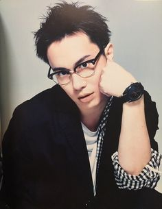 Find images and videos about anime, megane and seiyuu on We Heart It - the app to get lost in what you love. Tatsuhisa Suzuki, Joker Face, Uta No Prince Sama, Wattpad, Japanese Boy, Voice Actor, Asian Actors, Beautiful Boys, The Voice