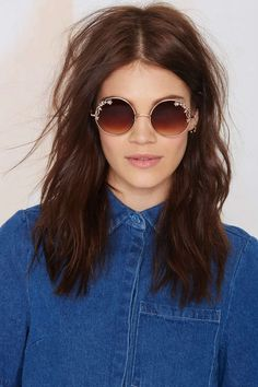Heavy Petal Circle Shades | Shop Accessories at Nasty Gal!