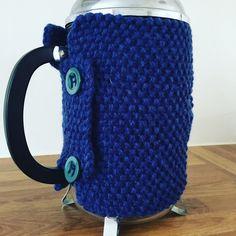 Billedresultat for stempelkande varmer strikket opskrift Knitting For Charity, Free Knitting, Free Crochet, Baby Knitting Patterns, Crochet Patterns, Repeat Crafter Me, Pink Petals, Blue Sparkles, Amigurumi