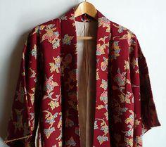 Japanese vintage kimono - silk chirimen (crepe) - batik - floral arabesque - rusty dark red - WhatsForPudding #1008