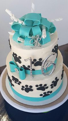 1000+ ideas about Paw Print Cakes on Pinterest Cake Pans ...