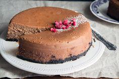 Nucrema Cheesecake   ION Sweets