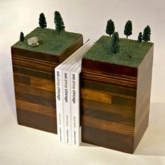 POST 27 - green pasture bookend set