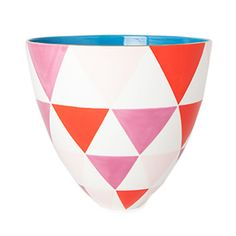 If anyone wants to ever get me a present, you may get me a gift certificate to Jill Rosenwald's website:) (I've met her too...very very nice lady!)  Bermuda Triangle Lg. Bee Bowl