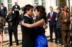 The Vampire Diaries Elena and Damon dancing 1x19