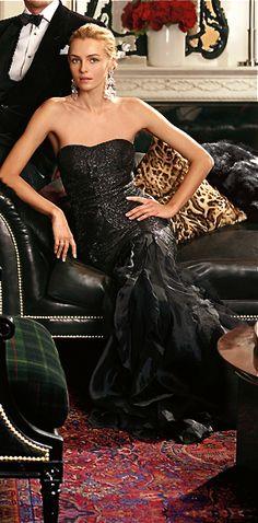 Gorgeous gown for black tie event. Via @phernandes. #gowns #elegant