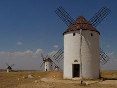 Molinos de viento . Andalucía, España.