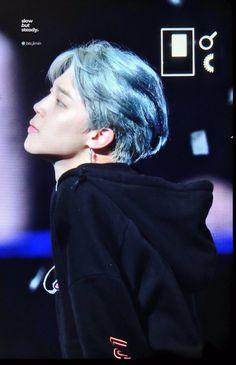 """I can seriously slash all of the anti-BTS necks with his jaw. Jung Hoseok, Kim Namjoon, Kim Taehyung, Seokjin, Bts Boys, Bts Bangtan Boy, Bts Jimin, Foto Bts, Busan"