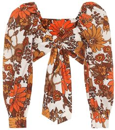 70s Inspired Fashion, Quirky Fashion, 70s Glam, Cotton Crop Top, Pink Suit, Vogue, Summer Blouses, Floral Crop Tops, Bar