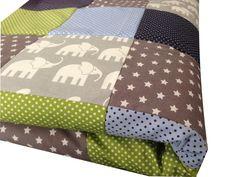 Krabbeldecken - Krabbeldecke Patchworkdecke grau Elefanten - ein Designerstück von babrause bei DaWanda
