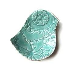 Lacy bird bowl in seafoam stoneware ceramic pottery with vintage lace texture £16.00