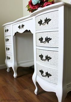 Your E-Organization - Employ An Accountant Or Do It Yourself Vintage French Provincial Decoupage Desk Makeover - Girl In The Garage Desk Makeover, Furniture Makeover, Diy Furniture, Modern Furniture, Furniture Design, Girl Makeover, Furniture Logo, Woodworking Furniture, Furniture Outlet