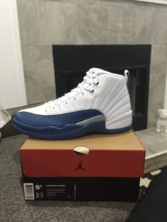Jordan 12 French blue de2f48059ee