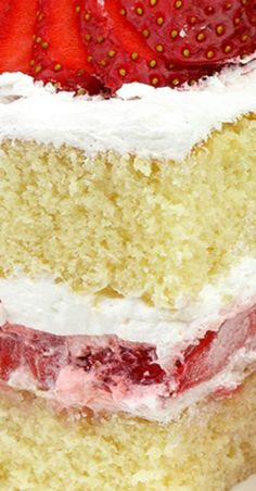 Simple old fashioned dessert perfect for upcoming strawberry season. Strawberry Shortcake so easy to prepare and you will love its simple, yet perfect taste Cake Frosting Recipe, Frosting Recipes, Dessert Recipes, Fresh Cream Cake Recipe, Mini Cakes, Cupcake Cakes, Cupcakes, Bundt Cakes, Strawberry Shortcake Recipes