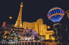 Don't get ripped off in Vegas! Here are some local tips to get free drinks, club passes, shows, and more. Las Vegas Tips, Las Vegas Vacation, Vacation Trips, Paris Las Vegas, Las Vegas Freebies, Local Tip, All Inclusive Vacations, Vegas Strip, Getting Drunk