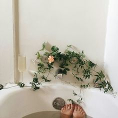  A Natrual Beauty Tip! : Taking a shower or hot bath will help improve your mood and rejuvenate your skin.