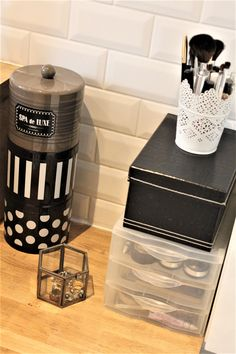 Spa Luxe, Bathroom Interior, Powder Room, Nespresso, Coffee Maker, Kitchen Appliances, Canning, Deco, Storage