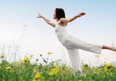 Una posizione yoga per rigenerare fegato e milza | Passione Yoga