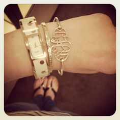 want that bracelet!!!
