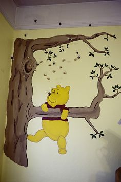 Classic pooh sometimes the smallest things take up quote for Classic pooh wall mural