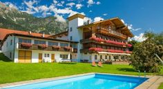Hotel Huberhof - 3 Sterne #Hotel - EUR 54 - #Hotels #Österreich #Innsbruck #Rum http://www.justigo.com.de/hotels/austria/innsbruck/rum/huberhof_44376.html