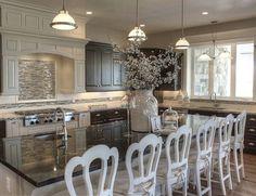 "6,172 Likes, 27 Comments - Grace R (@lovefordesigns) on Instagram: ""Warm and inviting kitchen... . via @raykon_construction #decor #instadesign #interiordesign…"""