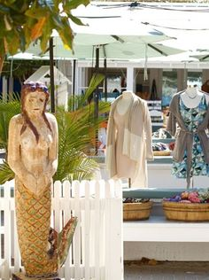 Per•spi•cas•ity - Open-air bazaar featuring bohemian beach styles. Must have pieces for the ultimate Seaside escape. 850.231.5829 / www.theseasidestyle.com