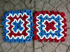 Wiggly Crochet Patterns, Crochet Stitches Free, Potholder Patterns, Potholders, Crochet Pillow, Diy Crochet, Crochet Blankets, Crochet Dishcloths, Crochet Kitchen