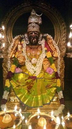 Saraswati Goddess, Durga, Lord Rama Images, Sai Baba Hd Wallpaper, Hindu Deities, God Pictures, Indian Gods, Lord Shiva, Gods And Goddesses