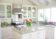 Kitchen countertops with white cabinets dream white kitchen granite kitchen island White Galley Kitchens, White Granite Kitchen, White Granite Countertops, Backsplash For White Cabinets, White Kitchen Cabinets, Kitchen Countertops, Home Kitchens, Kitchen Backsplash, Glass Cabinets
