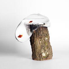 """Les designers Damien Ummel et Thierry Didot de l'Atelier Peekaboo nous dévoilent leur dernier projet """"Liquid Fusion"""", résultat d'un workshop d'une semaine au Domaine de Boisbuchet réalisé avec l'atelier de soufflage de verre itinérant Glasslab."""