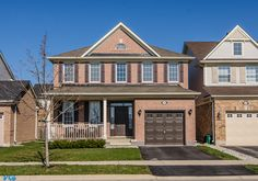 Amy Flowers - Milton Real Estate Agent   682 Irving Terrace W2608726