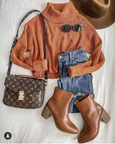 6 Sensational Vintage Fashion Marvelous Ideas.Fashion Tips Clothes How to achieve a successful online shopping | | Just Trendy Girls: Trendy Fashion, Winter Fashion, Vintage Fashion, Fashion Tips, Fashion Background, Louis Vuitton Monogram, Online Shopping, Cool Style, Success
