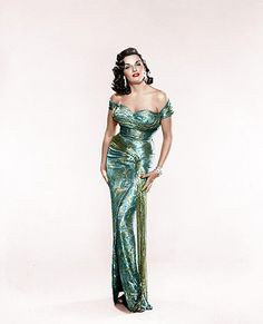 Jane Russell by klimbims on DeviantArt Hollywood Icons, Hollywood Fashion, Golden Age Of Hollywood, Vintage Hollywood, 1950s Fashion, Hollywood Actresses, Vintage Fashion, Old Hollywood Dress, Classic Hollywood