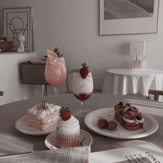 Image uploaded by J. Find images and videos about bts, food and aesthetic on We Heart It - the app to get lost in what you love. Korean Cafe, Korean Food, Dessert Drinks, Dessert Recipes, Dessert Food, Comida Picnic, Cafe Food, Aesthetic Food, Beige Aesthetic