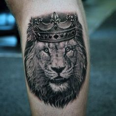 Detailed Lion With Crown Guys Leg Calf Tattoo
